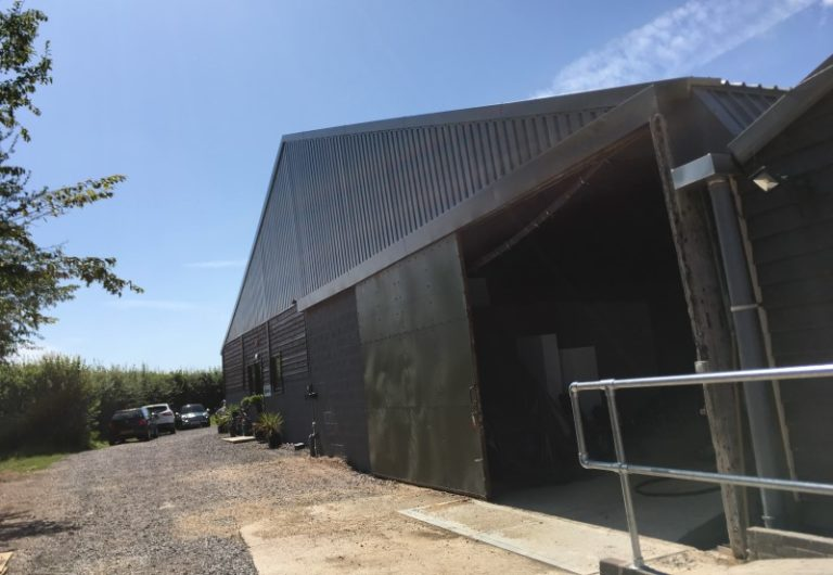 Single skin cladding on an industrial unit
